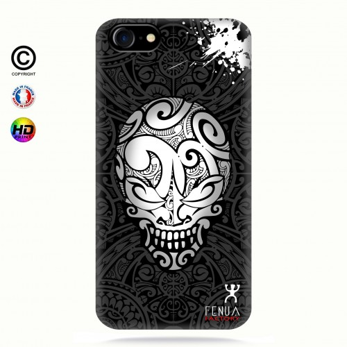 coque iphone 8 B&W Skulls