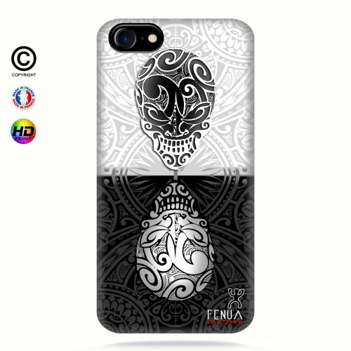 coque iphone 8 B&W Skulls Mirror