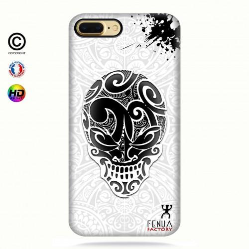 coque iphone 8+ B&W Skulls